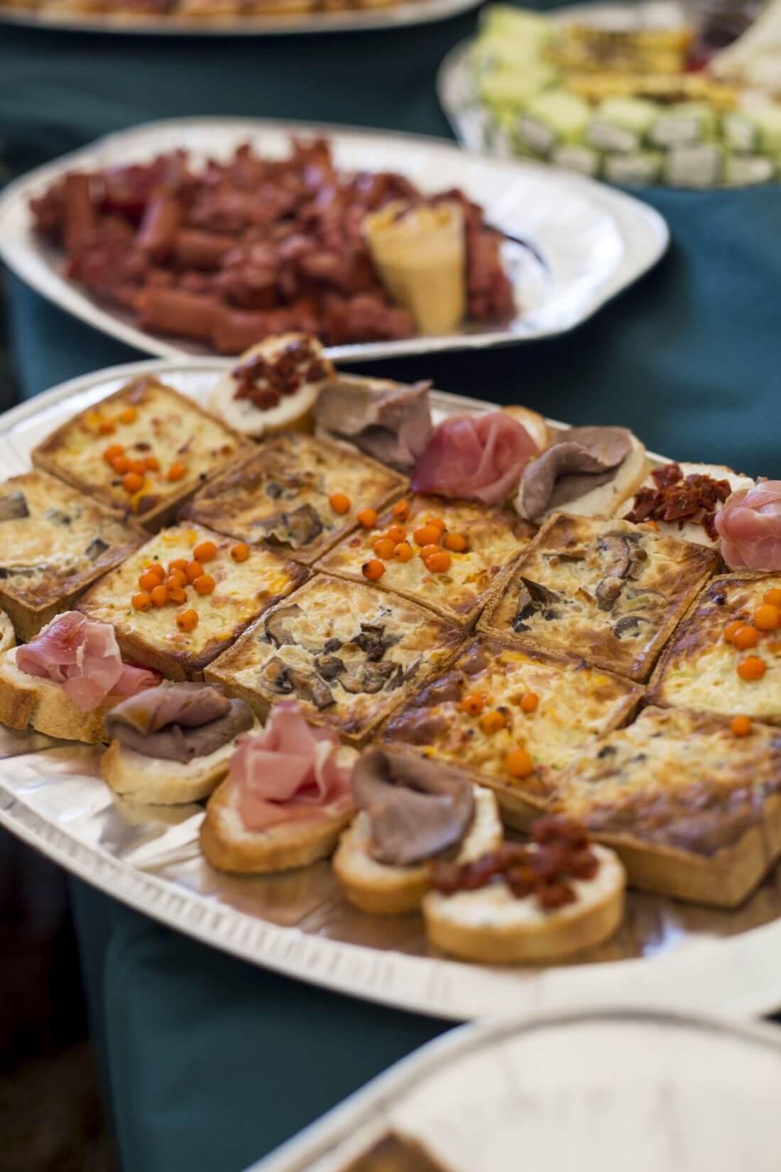 Catering Evenimente - In Bucate Catering - Festivalul Catinei Gaiesti - 1170px - 5