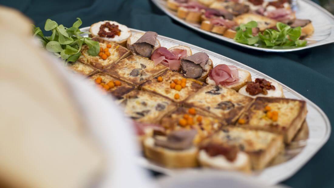 Catering Evenimente - In Bucate Catering - Festivalul Catinei Gaiesti - 1170px - 6