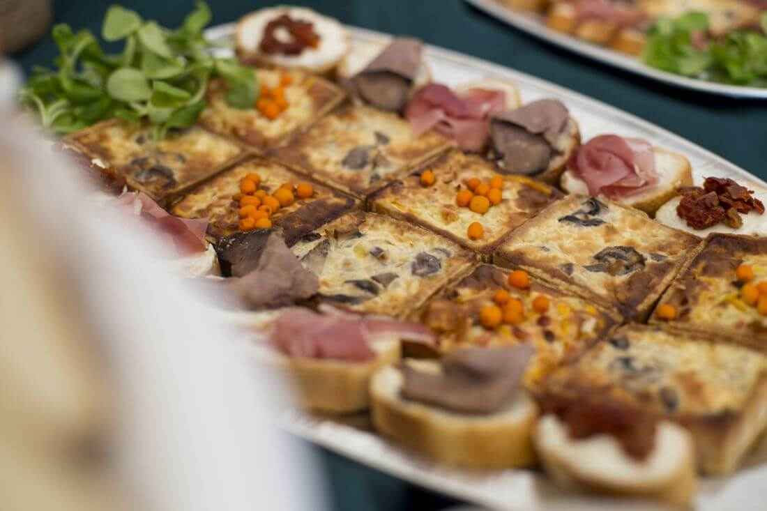 Catering Evenimente - In Bucate Catering - Festivalul Catinei Gaiesti - 1170px - 7